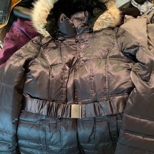 Shelli Segal Laundry Belted Down Puffer Coat 🧥